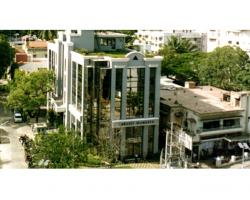 Embassy Diamante
